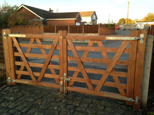 Wooden Front Gates Knutsford