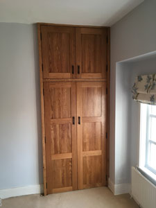 Oak wardrobe Alderley Edge